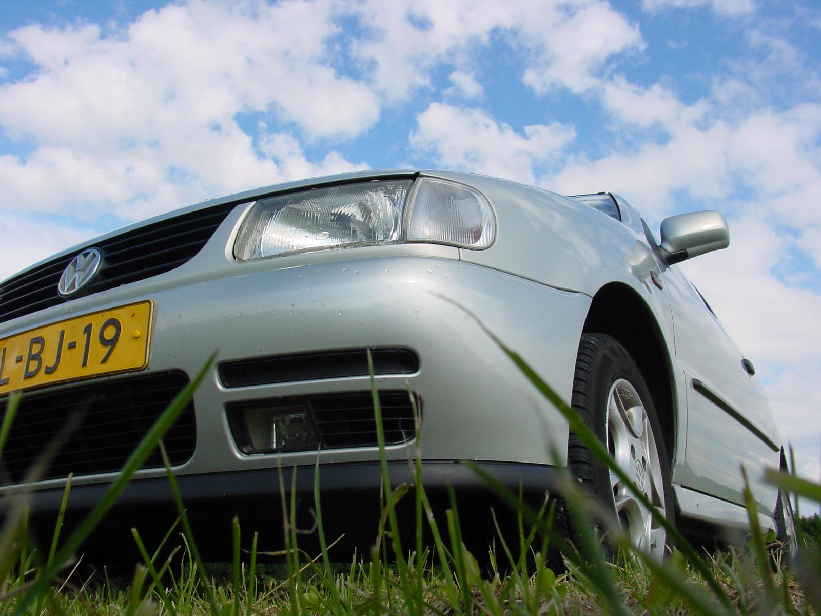 low-car-view-1551743